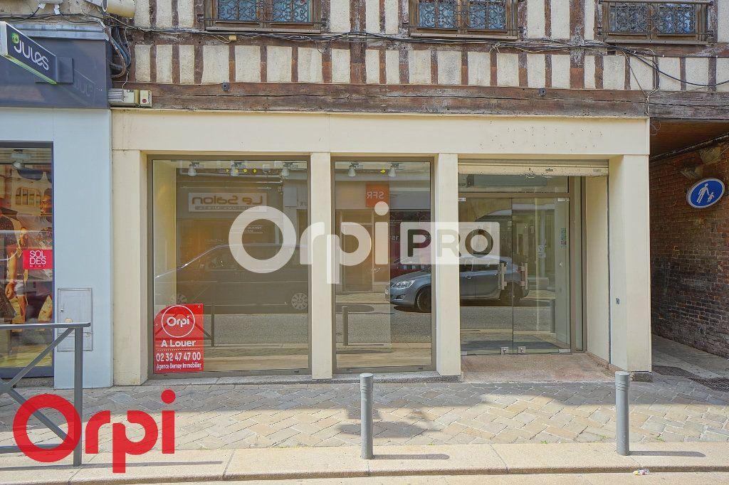 Local commercial à louer 0 109m2 à Bernay vignette-12