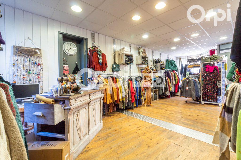 Local commercial à vendre 0 68m2 à Marennes vignette-2