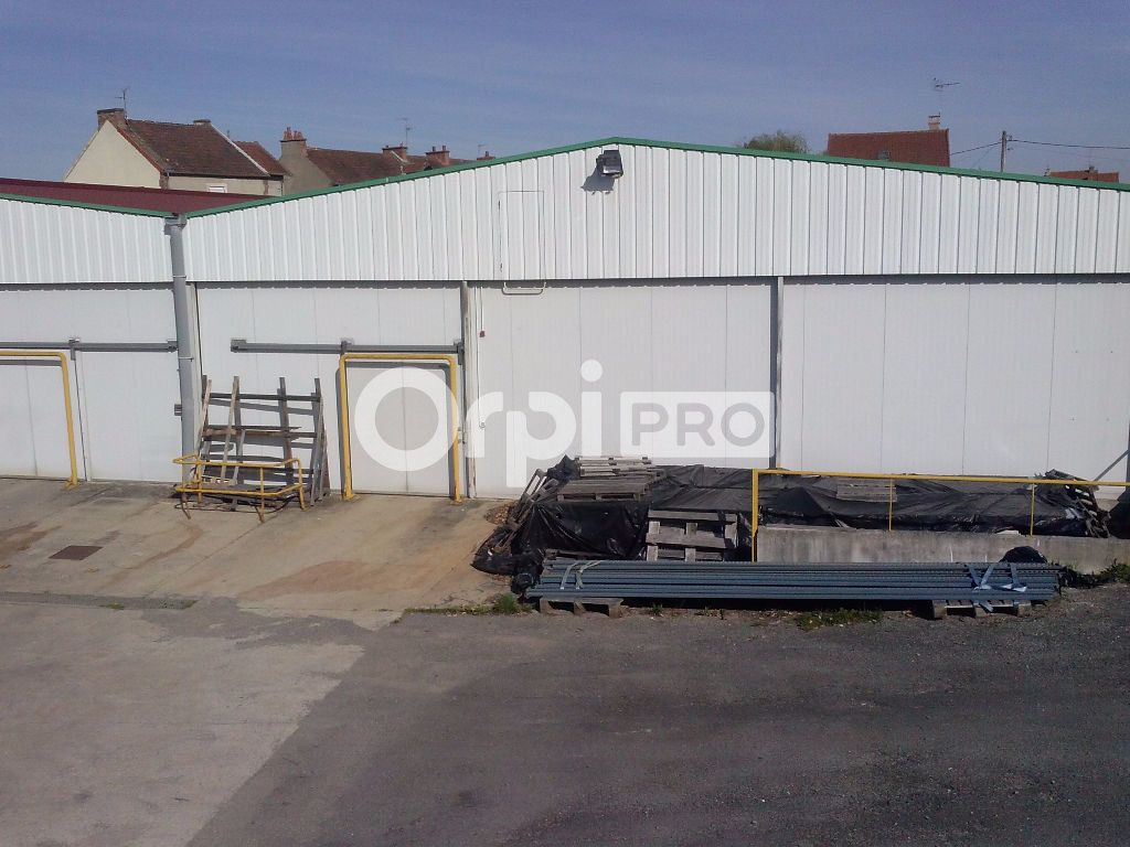 Local commercial à louer 0 435m2 à Montluçon vignette-2
