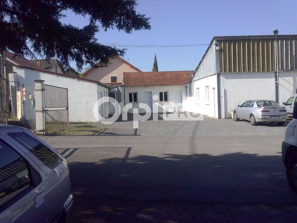 Entrepôt à louer 0 392m2 à Montluçon vignette-3