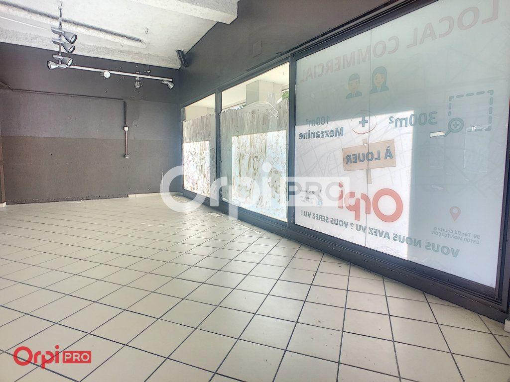 Local commercial à louer 0 400m2 à Montluçon vignette-3