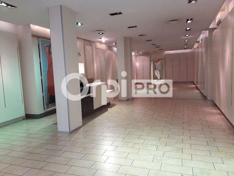 Local commercial à louer 0 160m2 à Montluçon vignette-1