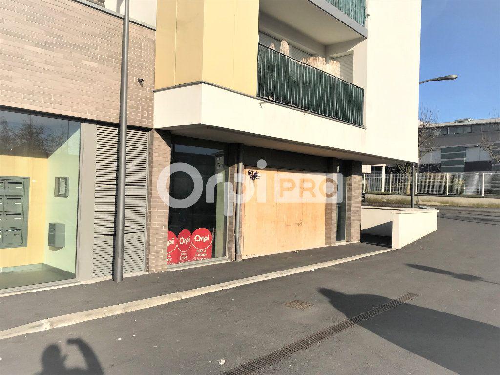 Local commercial à louer 0 257m2 à Reims vignette-6