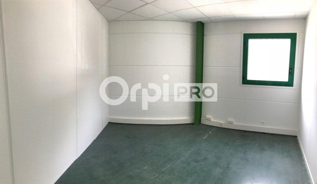 Bureaux à louer 0 15m2 à La Seyne-sur-Mer vignette-1