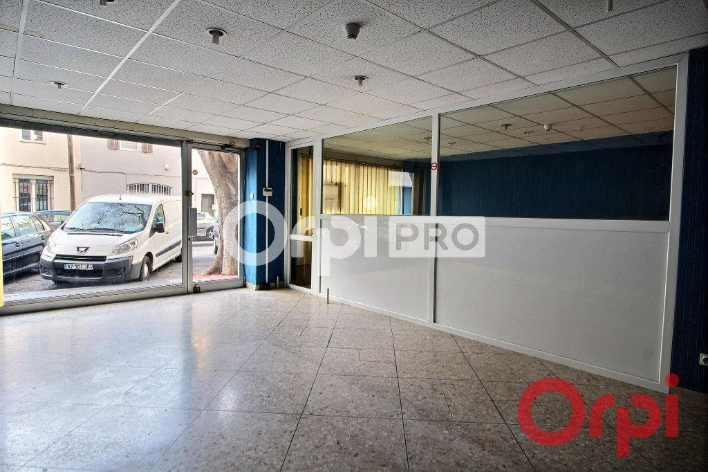 Local commercial à vendre 0 77m2 à Marseille 10 vignette-2