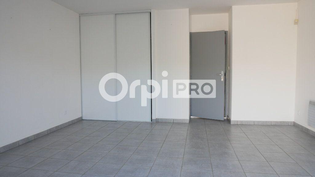 Bureaux à vendre 0 140m2 à Saint-Sulpice-et-Cameyrac vignette-4