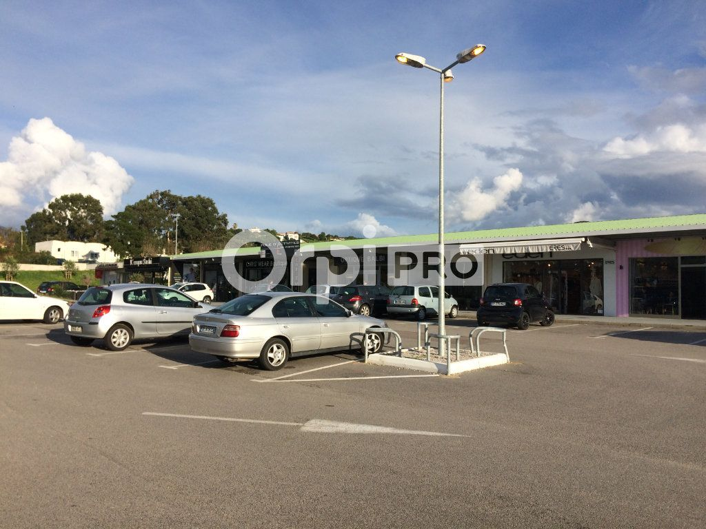 Local commercial à louer 0 100m2 à Grosseto-Prugna vignette-4