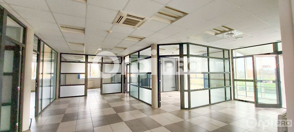 Bureau à louer 0 235m2 à Raedersheim vignette-2