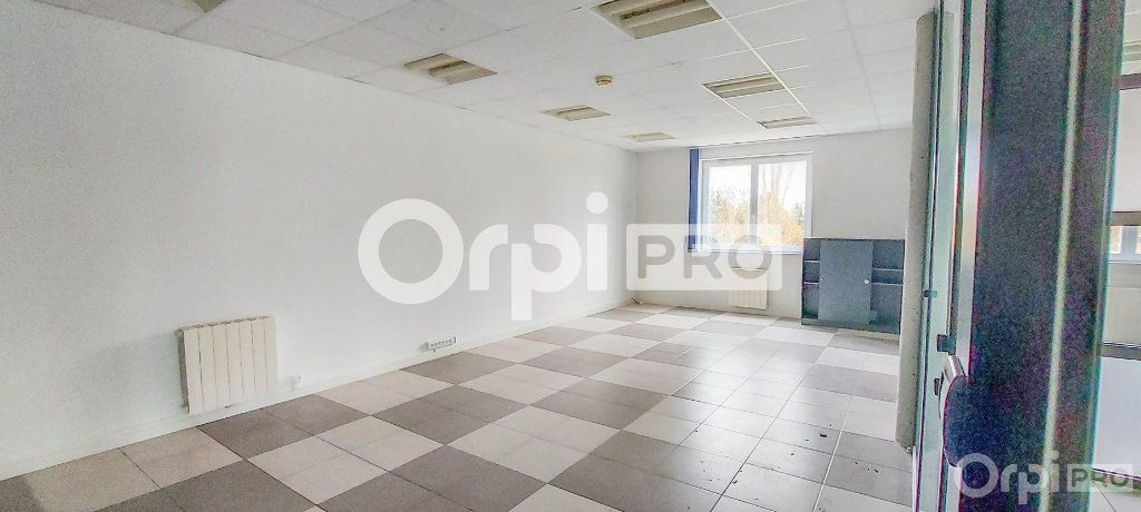 Bureau à louer 0 235m2 à Raedersheim vignette-8