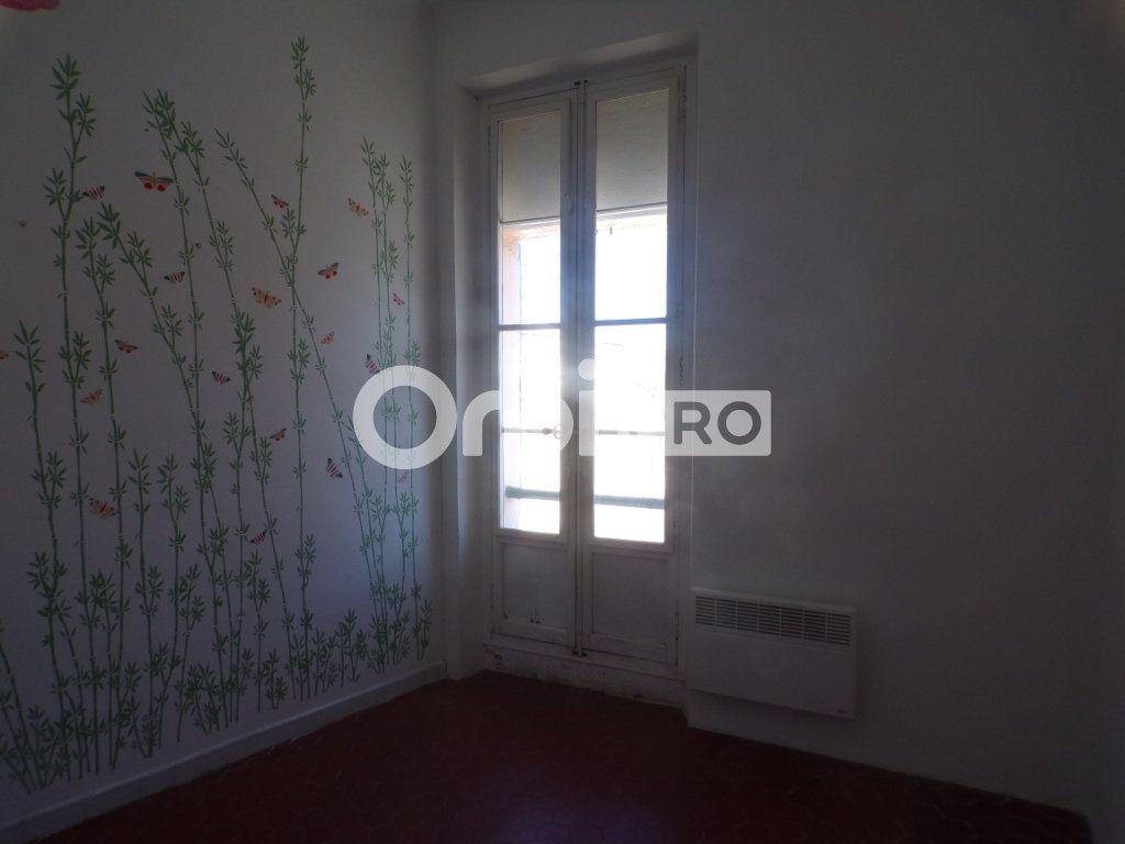 Bureau à louer 0 59m2 à La Tour-d'Aigues vignette-6