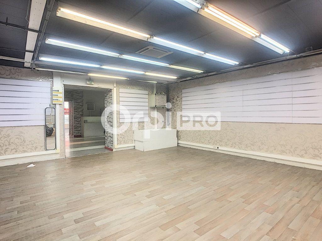 Local commercial à louer 0 500m2 à Aurillac vignette-3