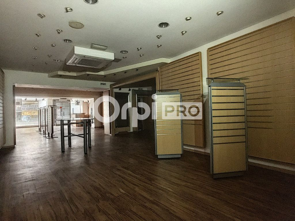 Local commercial à louer 0 135m2 à Aurillac vignette-4