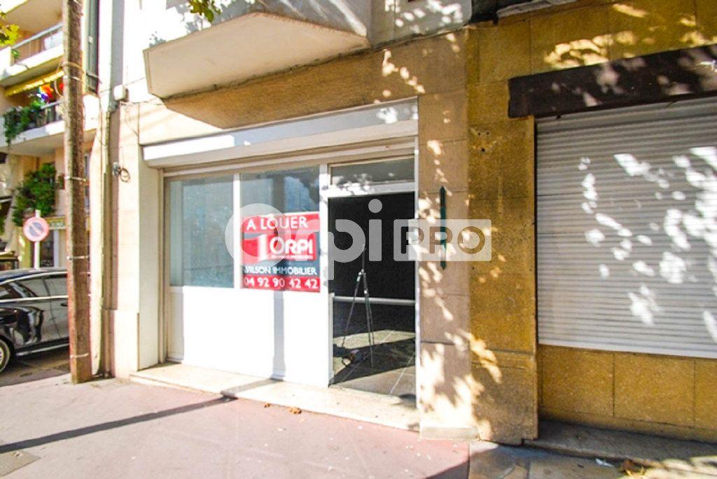 Local commercial à vendre 0 78.45m2 à Antibes vignette-2