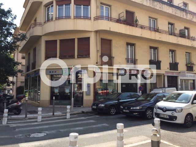 Local commercial à louer 0 14.9m2 à Nice vignette-2