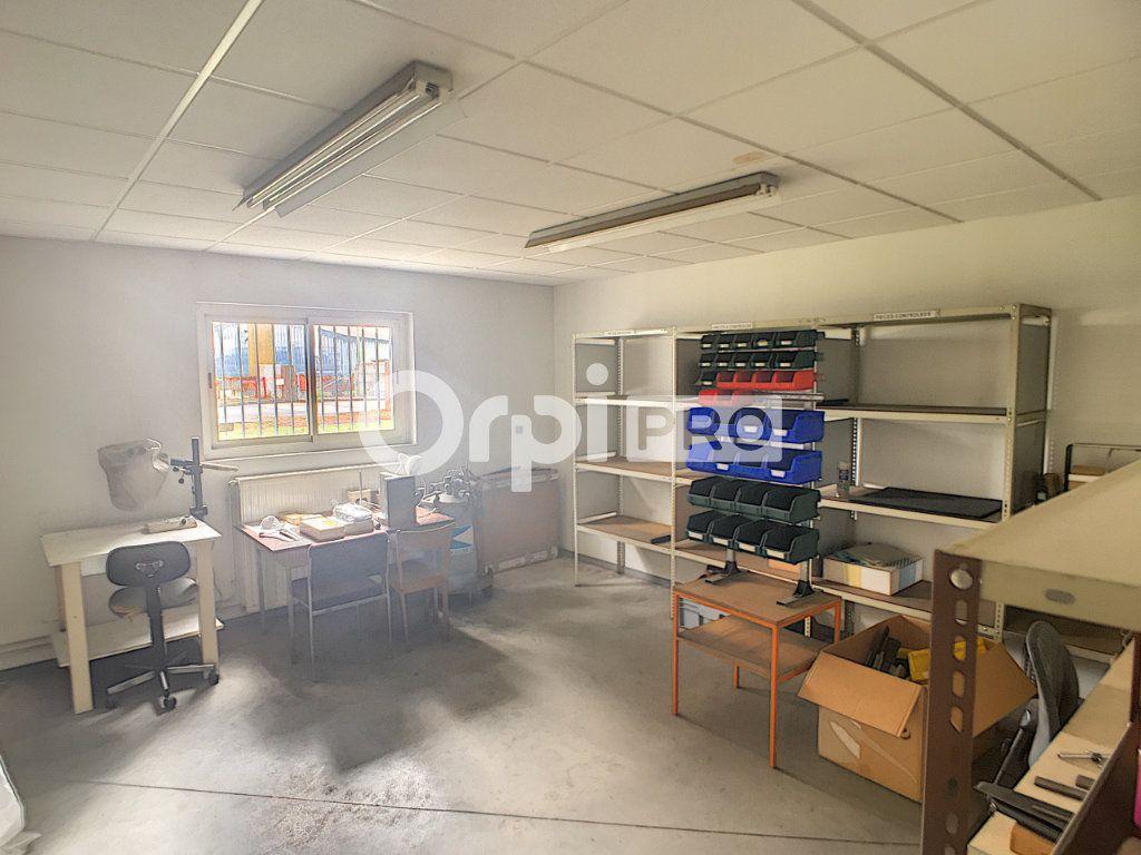 Entrepôt à vendre 0 600m2 à Serres-Castet vignette-3