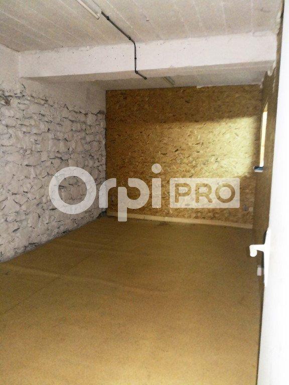 Entrepôt à louer 0 205m2 à Saint-Flour vignette-6