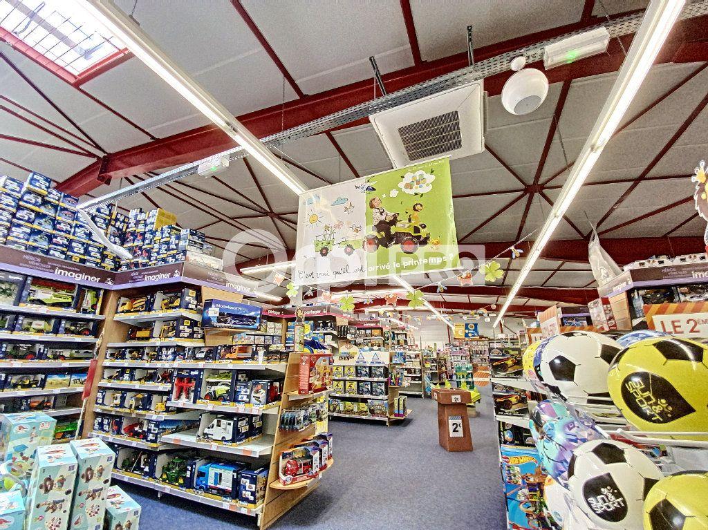 Local commercial à louer 0 660m2 à Aurillac vignette-3