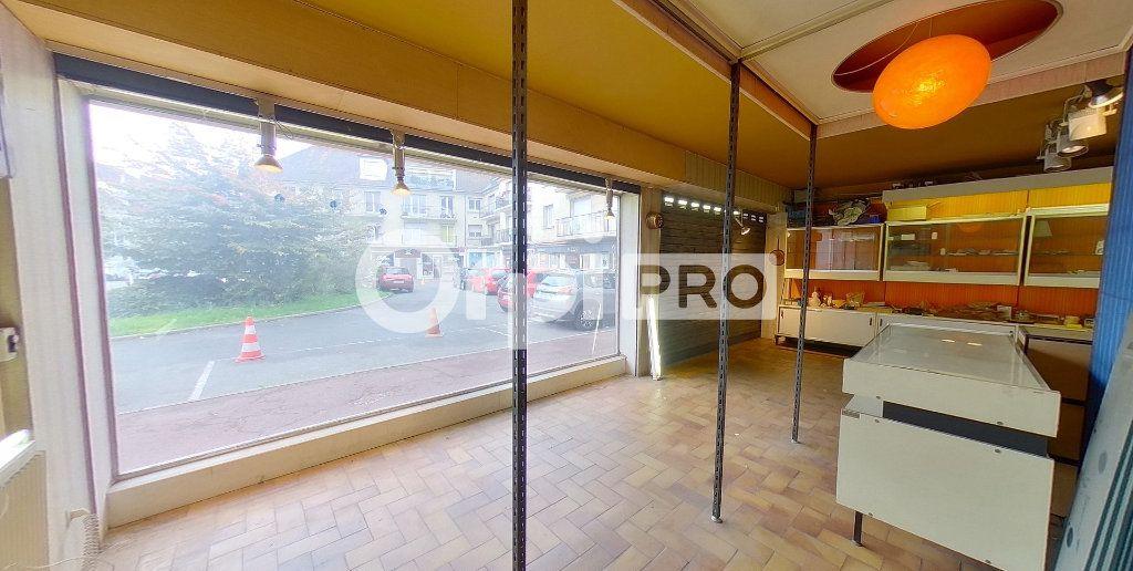Local commercial à louer 0 81m2 à Deuil-la-Barre vignette-3