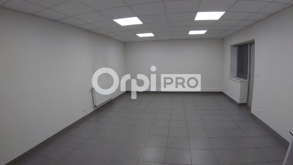 Entrepôt à louer 0 325m2 à Wittenheim vignette-3