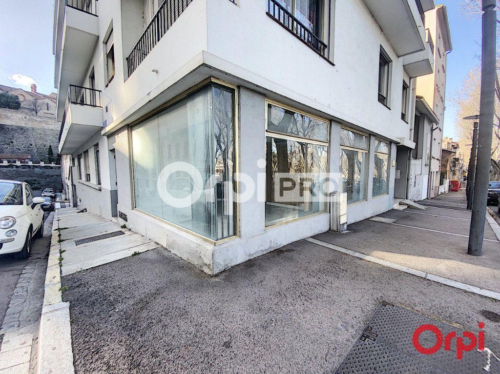 Local commercial à vendre 0 155m2 à Perpignan vignette-2
