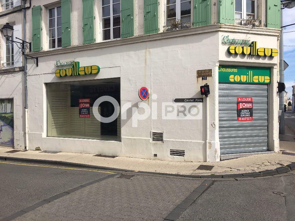 Local commercial à louer 0 370m2 à Surgères vignette-2