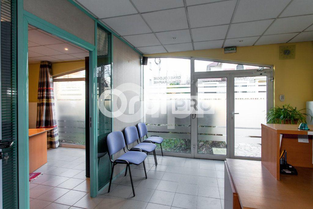 Local commercial à vendre 0 54m2 à Pontault-Combault vignette-3