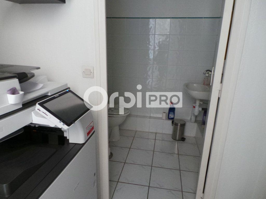 Bureaux à louer 0 50.59m2 à Toulon vignette-4