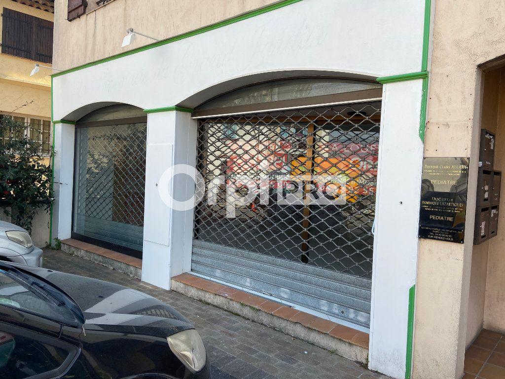 Local commercial à louer 0 95m2 à Mouans-Sartoux vignette-2