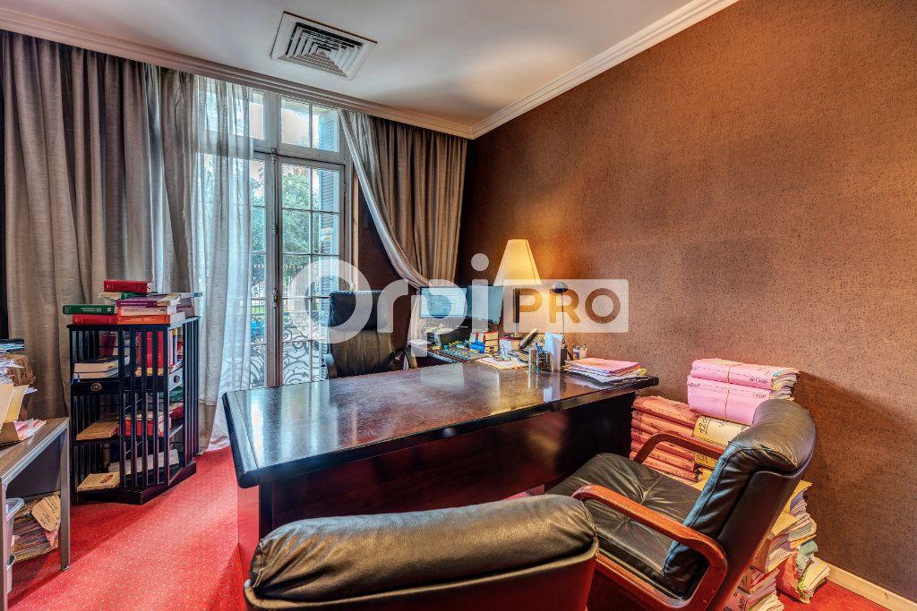 Local commercial à vendre 0 180m2 à Nice vignette-4
