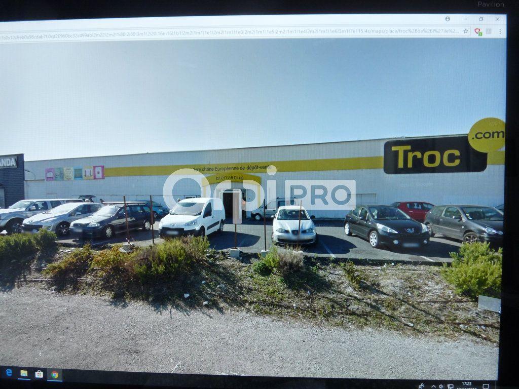 Local commercial à louer 0 1580m2 à Les Pennes-Mirabeau vignette-1