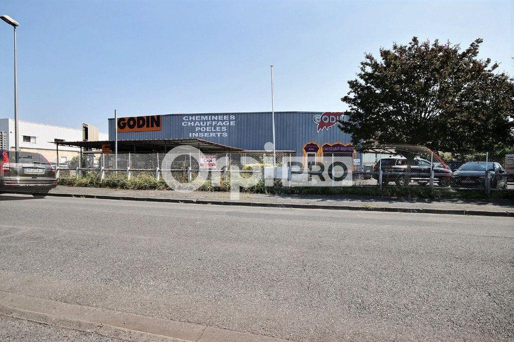 Local commercial à vendre 0 556m2 à Lescar vignette-1
