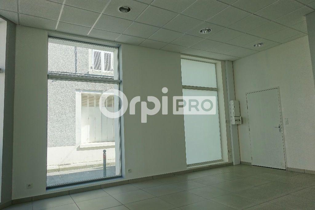 Local commercial à louer 0 31.88m2 à Orléans vignette-5