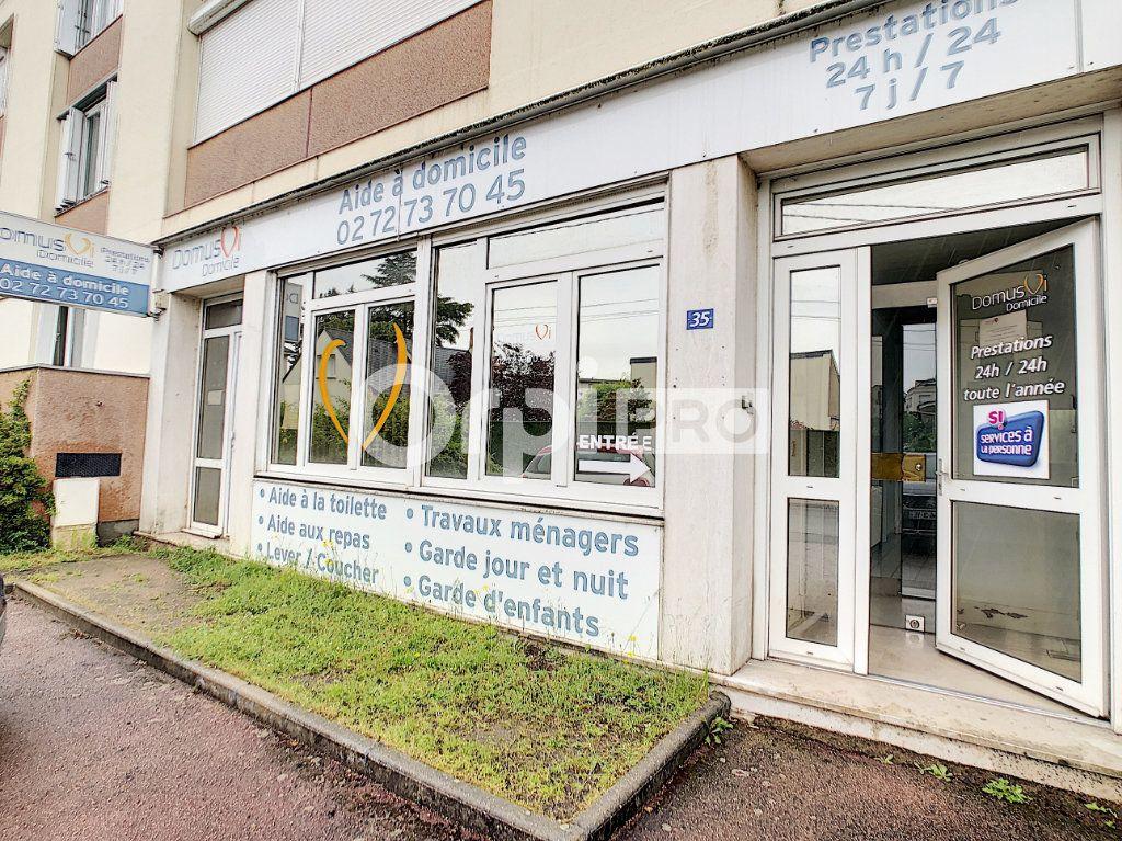 Local commercial à vendre 0 102.11m2 à Saint-Jean-le-Blanc vignette-2