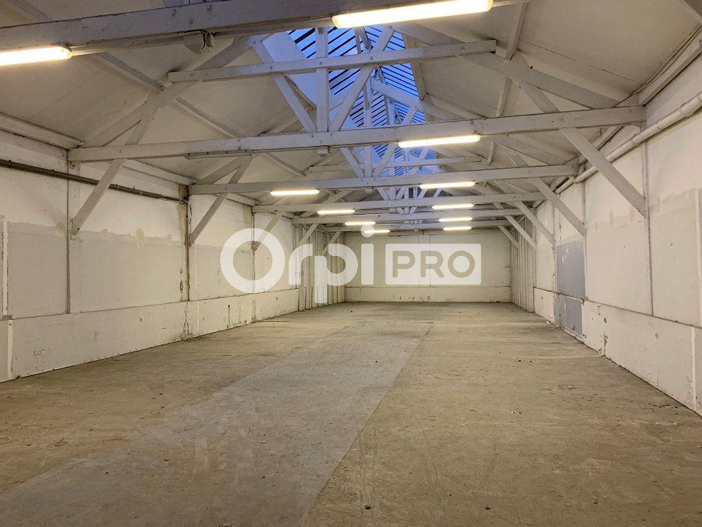 Local commercial à louer 0 400m2 à Montreuil vignette-1