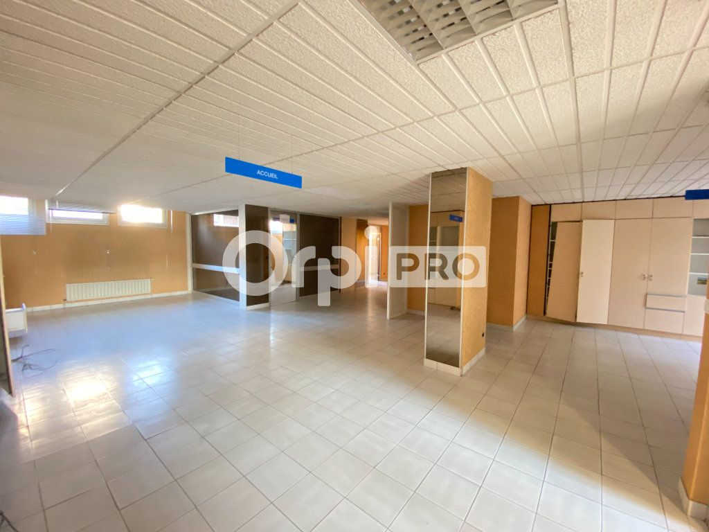 Local d'activité à vendre 0 382.2m2 à Laon vignette-2