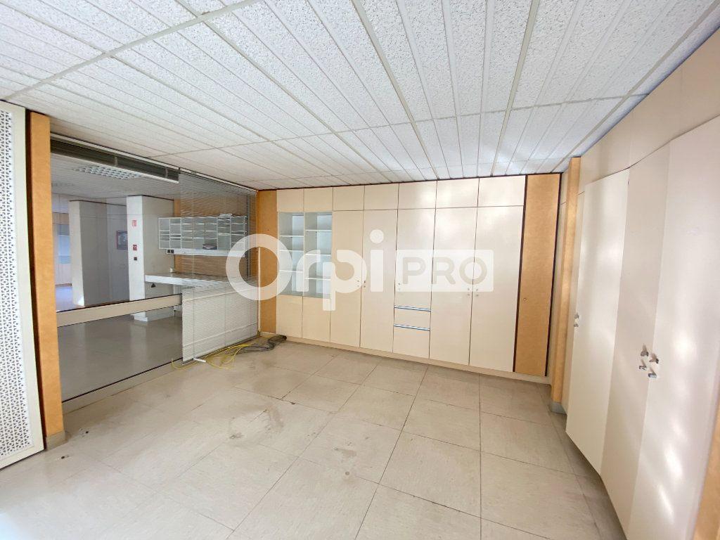 Local d'activité à vendre 0 382.2m2 à Laon vignette-11