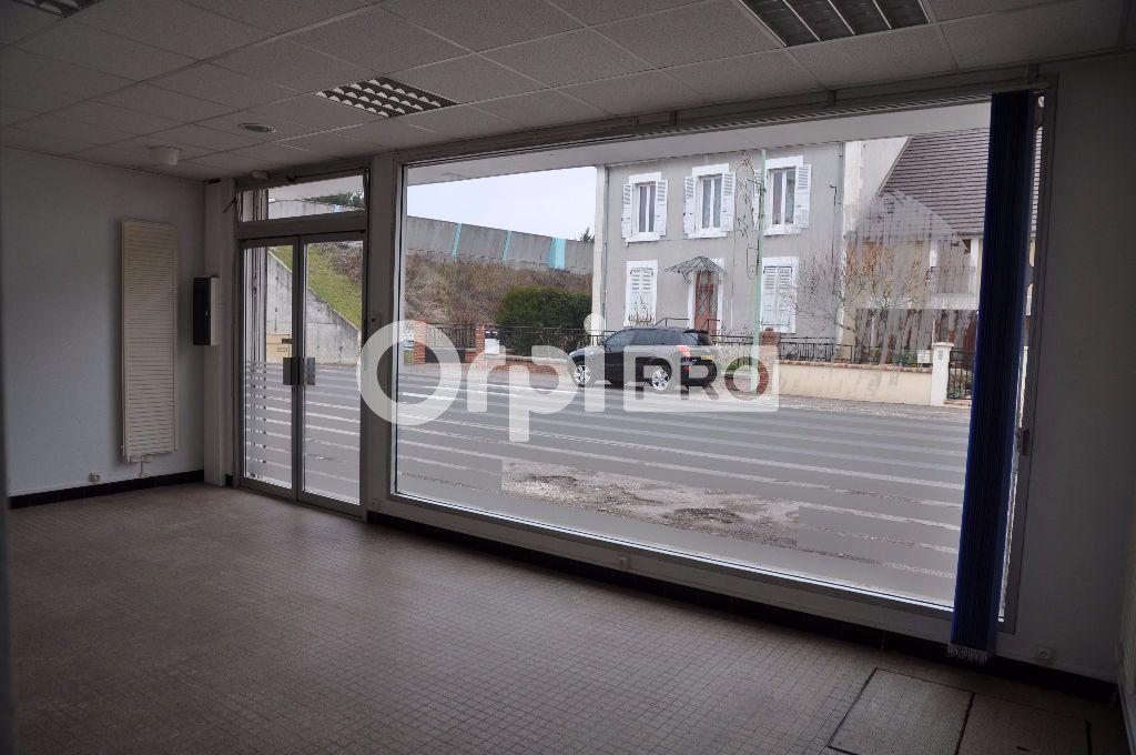 Local commercial à louer 0 40m2 à Cosne-Cours-sur-Loire vignette-4