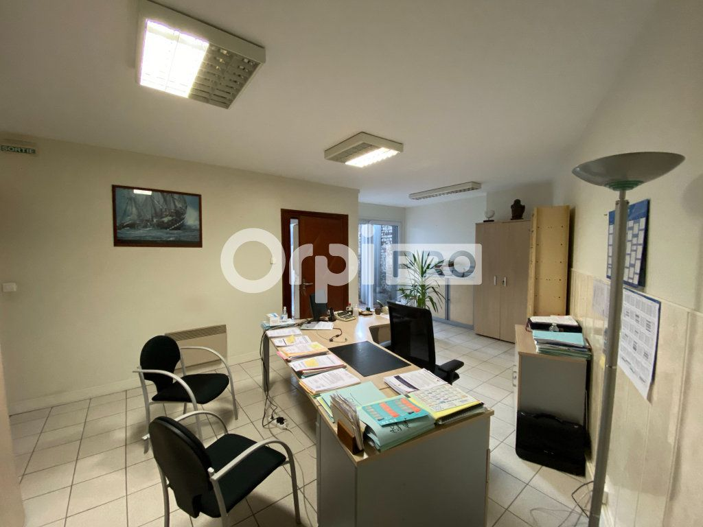 Bureau à vendre 0 400m2 à Dieppe vignette-6