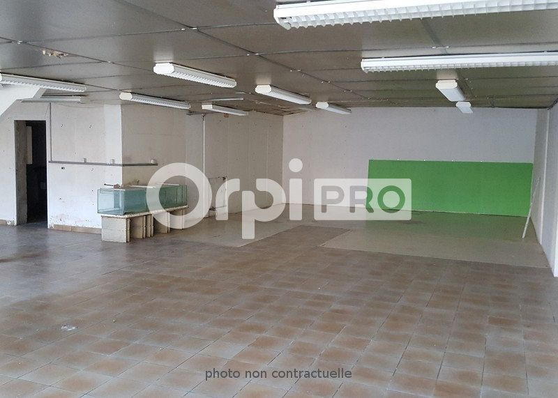 Local commercial à louer 0 200m2 à Épernay vignette-2