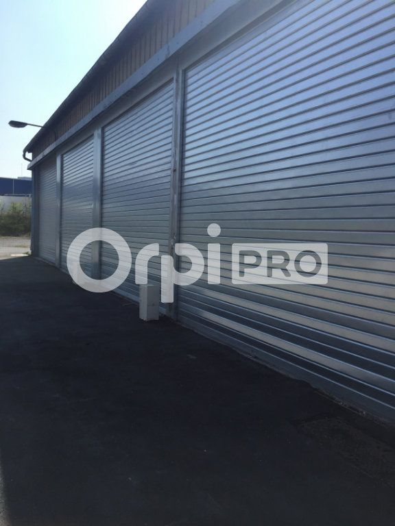 Entrepôt à louer 0 70m2 à Saint-Laurent-Blangy vignette-2