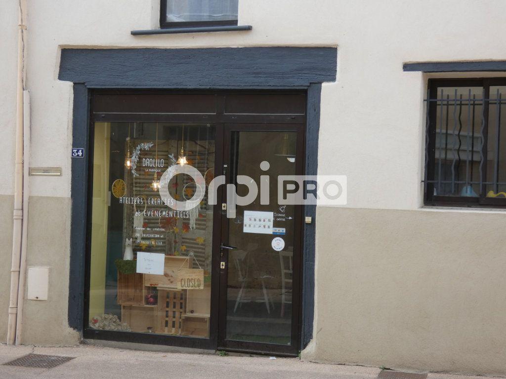 Local commercial à louer 0 59m2 à Saint-Genis-Laval vignette-1