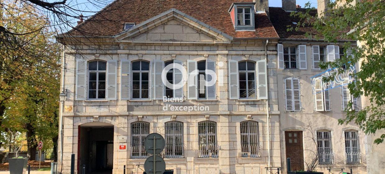 Maison à vendre 600m2 à Poligny