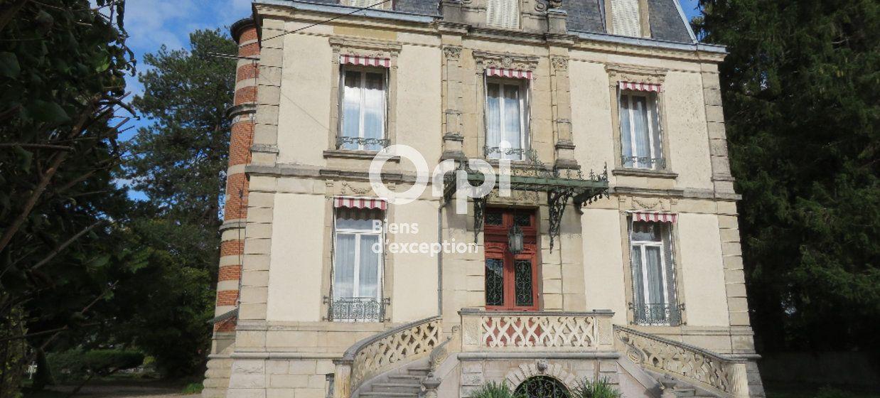 Maison à vendre 300m2 à Saint-Aubin