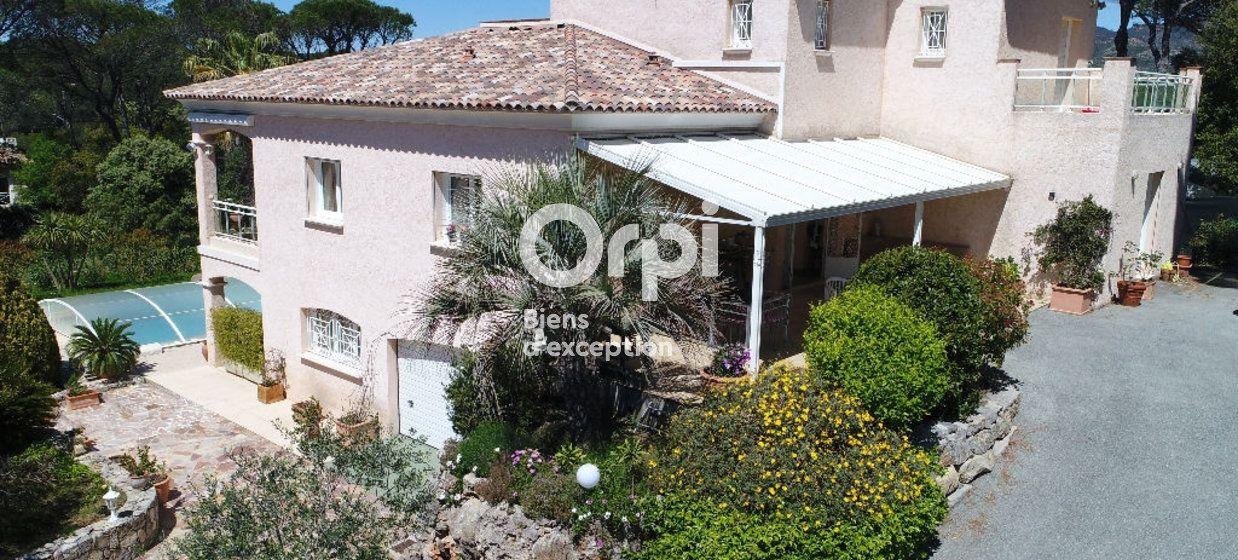 Maison à vendre 243m2 à Saint-Raphaël