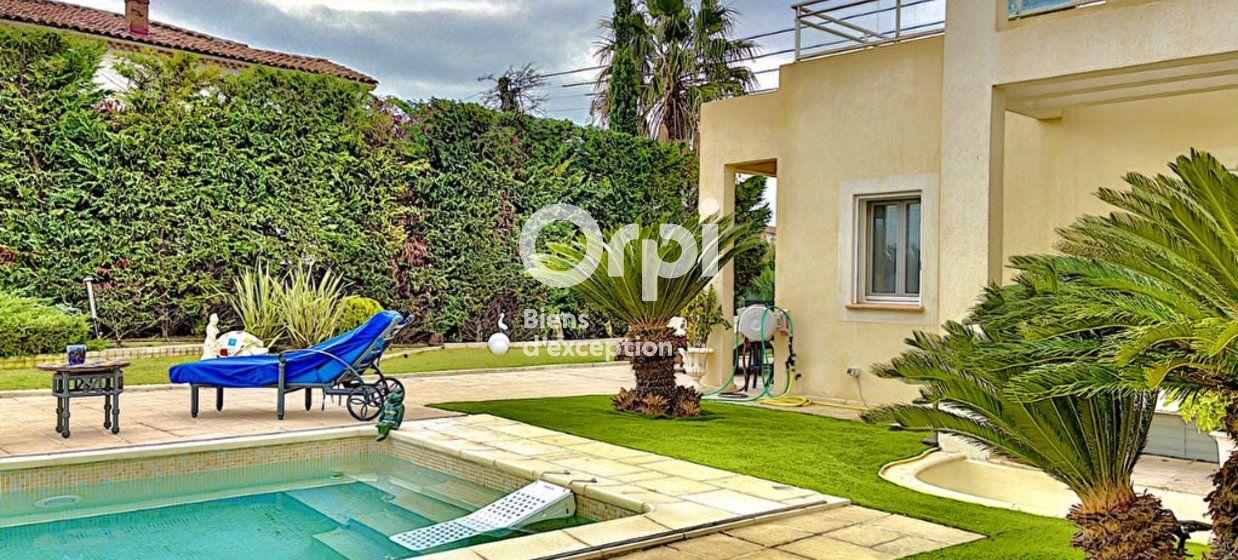 Maison à vendre 354m2 à Cagnes-sur-Mer