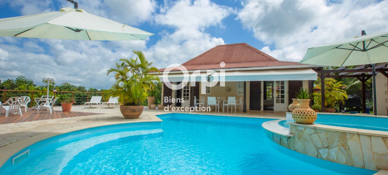 Maison à vendre 310m2 à Petit-Bourg