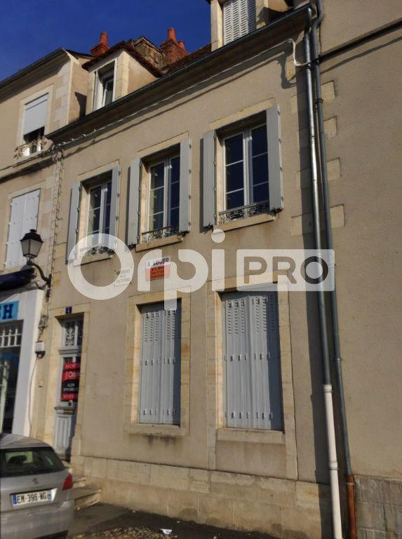 Local commercial à vendre 76m2 à Saint-Amand-Montrond