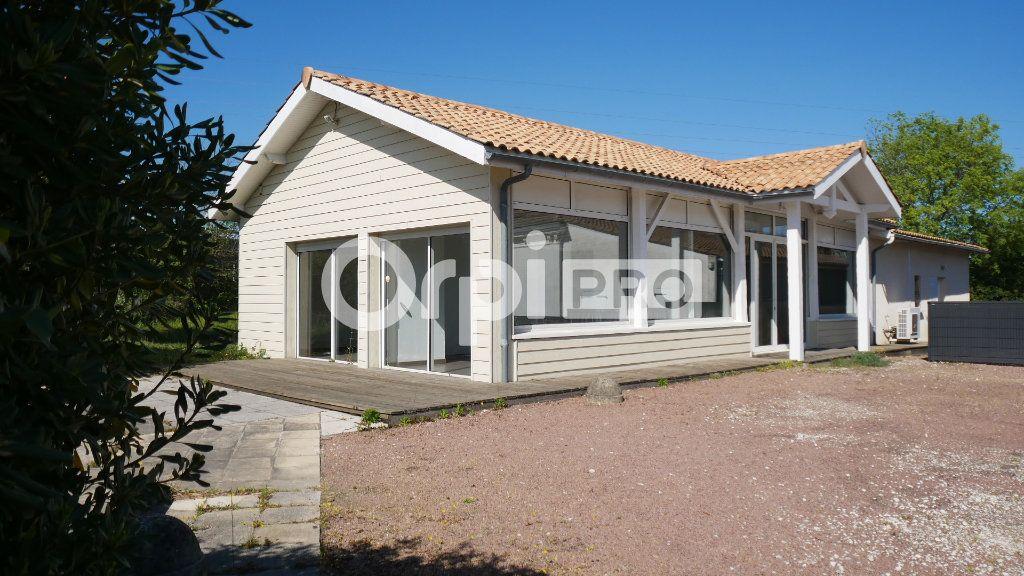 Bureaux à vendre 140m2 à Saint-Sulpice-et-Cameyrac