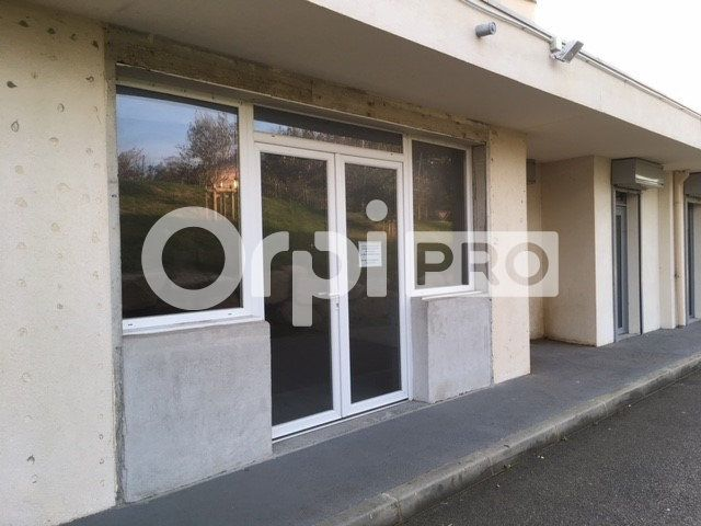 Local commercial à louer 70m2 à Grosseto-Prugna