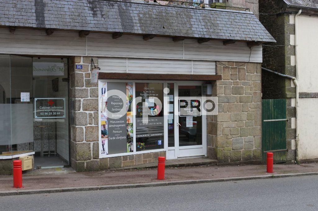 Local commercial à louer 50m2 à Rostrenen